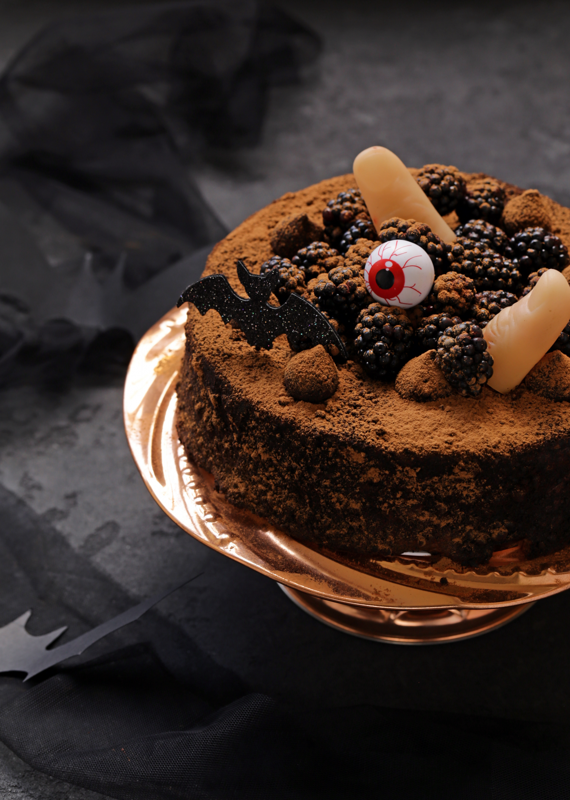 5 Spooky Halloween Recipes to Make With Your Kids