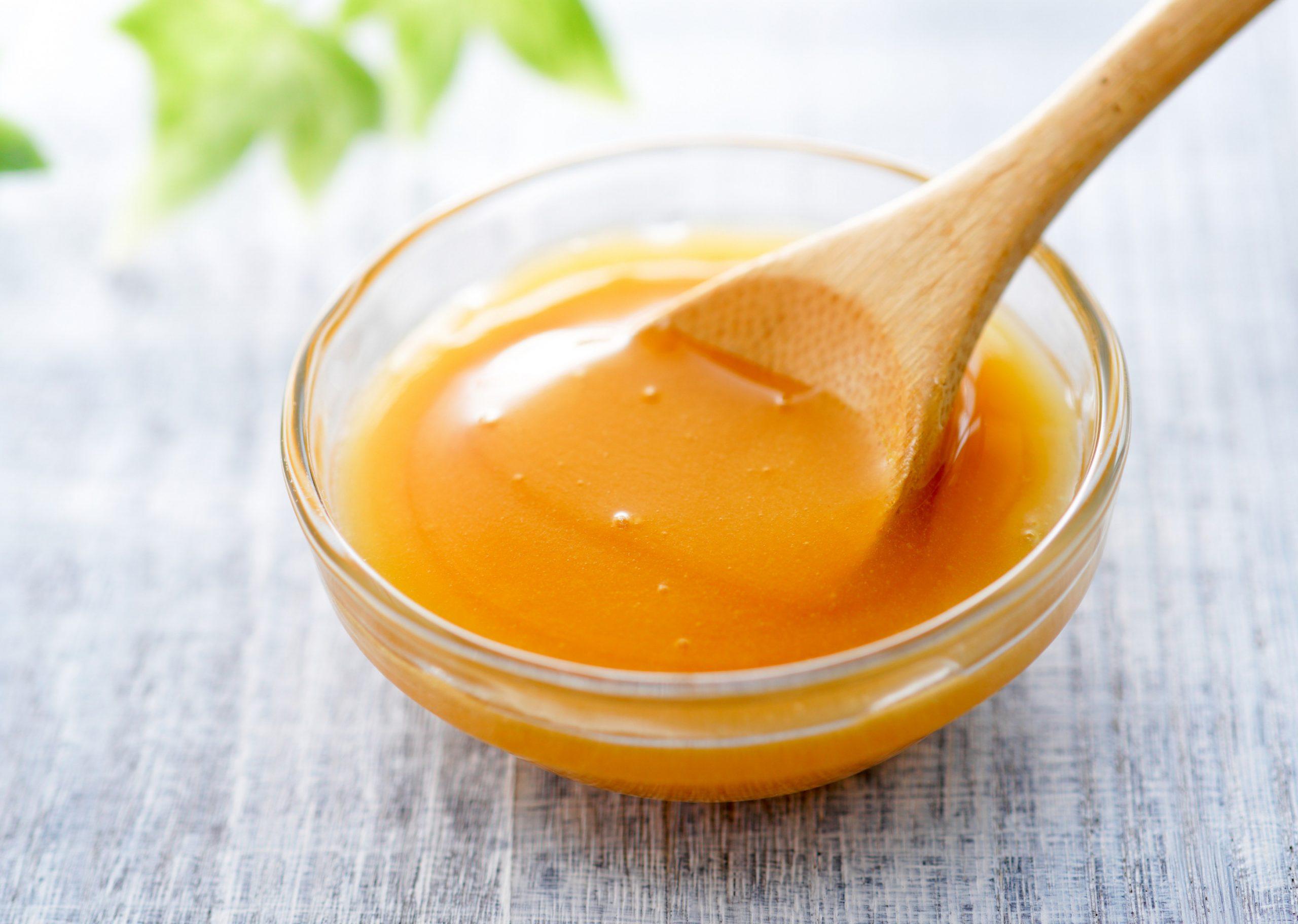 5 Proven Benefits And Uses Of Manuka Honey