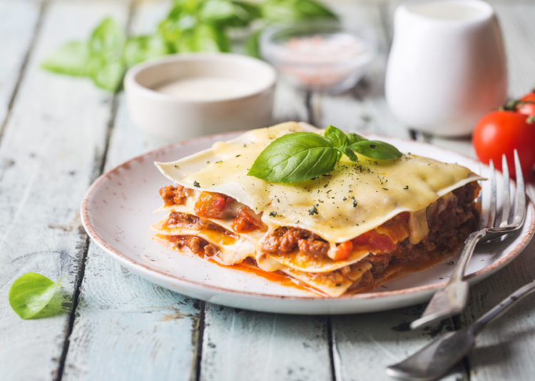 Easy Dutch Oven Lasagna Recipe