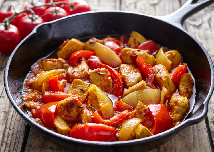 Jalfrezi is one of the Indian curries that you can create using leftovers by frying them.